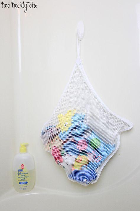 Como organizar los juguetes del baño
