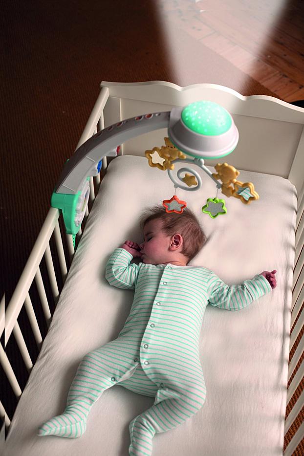 móvil cuna bebé